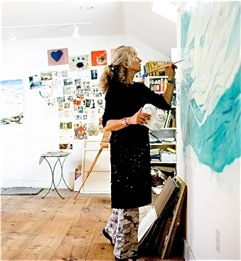 Maj Kalfus in her studio, courtesy of the artist.